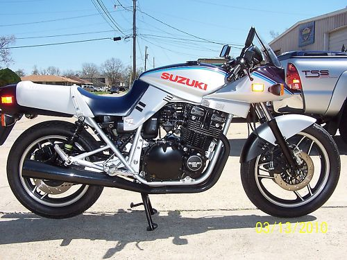 1981 Suzuki Motorcycle Forsale By Nina Bike Addicts