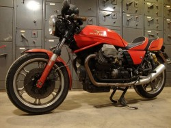 1983 Moto Guzzi LeMans III L Side