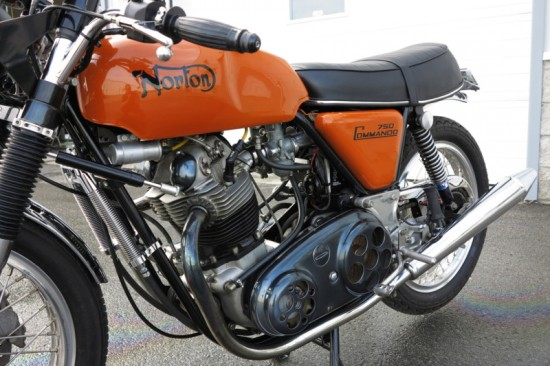 1971 Norton Commando 750 L Side