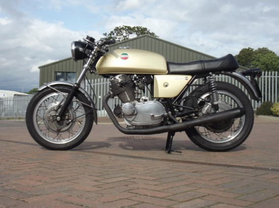 1972 Laverda 750SF Gold R Side