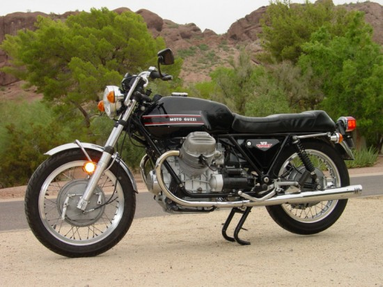 1973 Moto Guzzi V7 Sport Black L Side