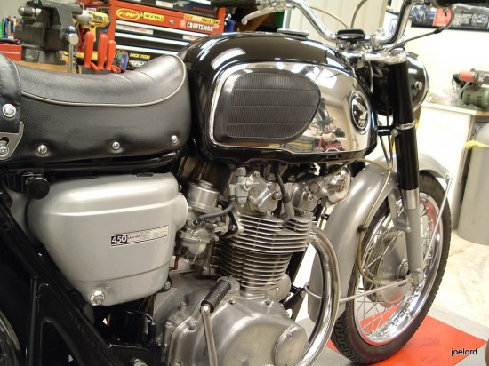 1967 Honda CB450 R Side