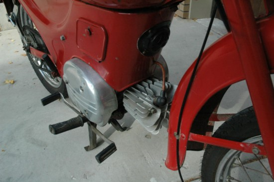1959 Moto Guzzi Zigolo R side engine