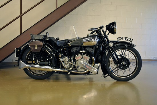 1936 Brough Superior SS80 R Side