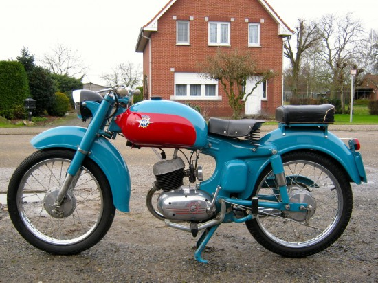 1957 MV Agusta Superpullman L Side