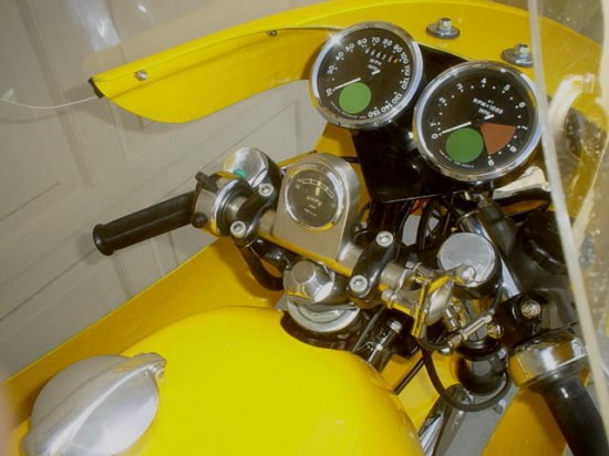 1970 Norton Commando Cockpit