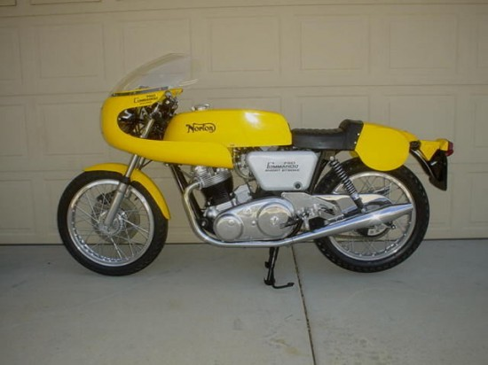 1970 Norton Commando L Side