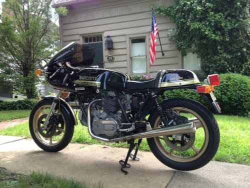 1978 Ducati 900SS Cafe Corsa L Side