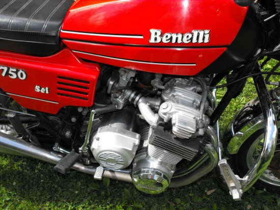 1978 Benelli 750 Sei Red R Side Engine