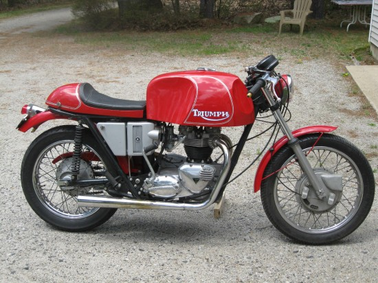 1971 Triumph Tiger Has All The Styling Cues Of A Classic Cafe Racer
