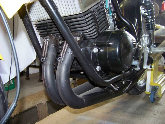 1975 Yamaha RD350 Racer L Front Engine