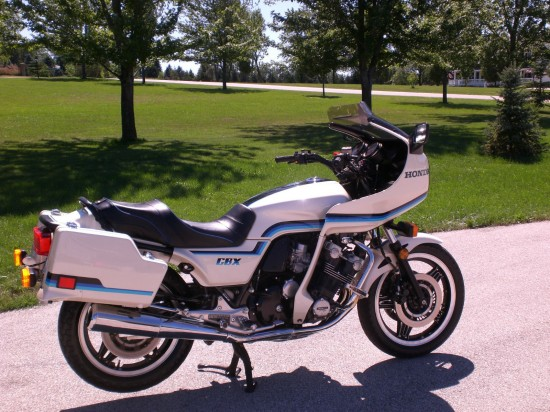 1982 Honda CBX R Side