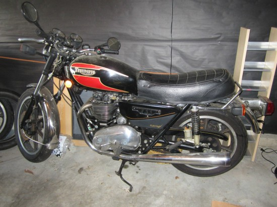1983 Triumph Bonneville TSS Full Left