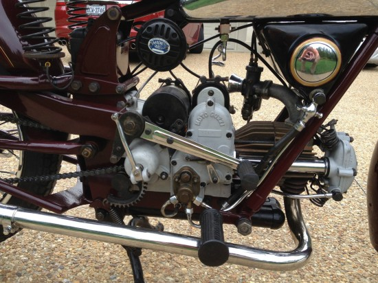 1937Moto Guzzi PE238 R Side Engine