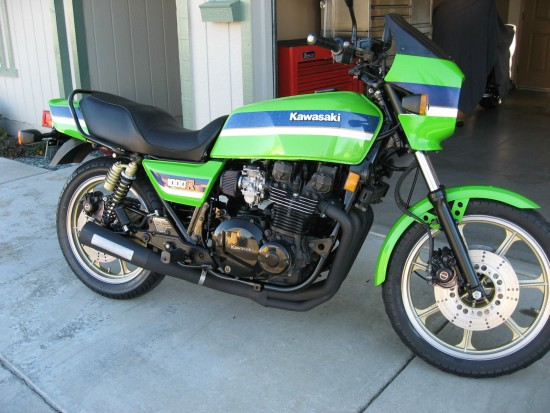 Fast and Green: 1983 Kawasaki KZ1000R Eddie Lawson Replica ...