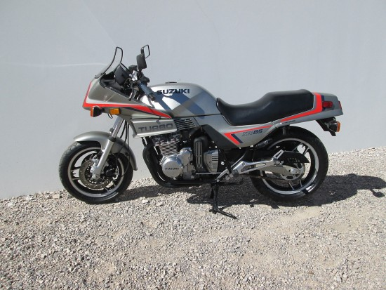 1983 Suzuki XN85 Turbo L Side