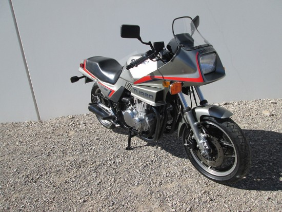 1983 Suzuki XN85 Turbo R Side Front