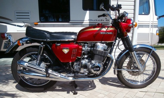 1969 Honda CB750 R Side