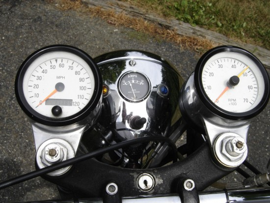1974 Norton VR880 Clocks