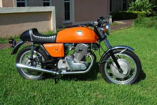 1973 Laverda SF1 R Side