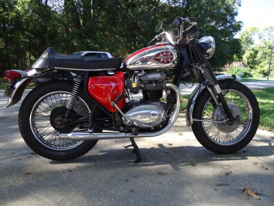 1969 BSA Lightning R Side