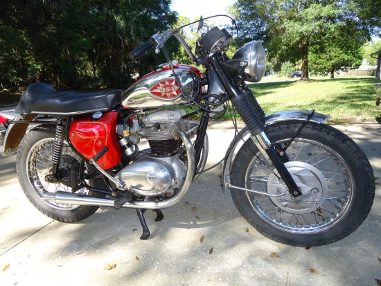 1969 BSA Lightning R Side Front