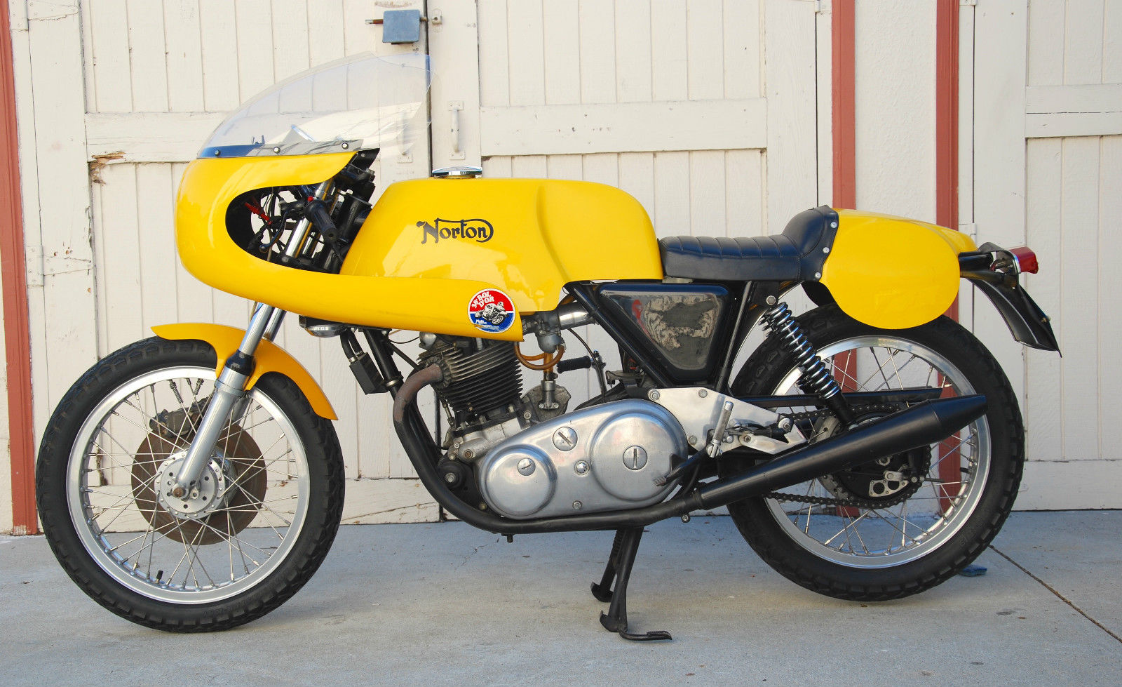 Old Yellow 1971 Norton 750cc Production Racer For Sale Classic Sport Bikes