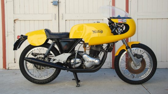 1971 Norton Commando Racer R Side